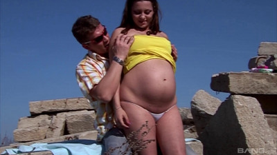 i am pregnant scene 1