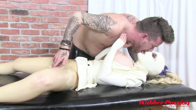 Rubber Masseuse